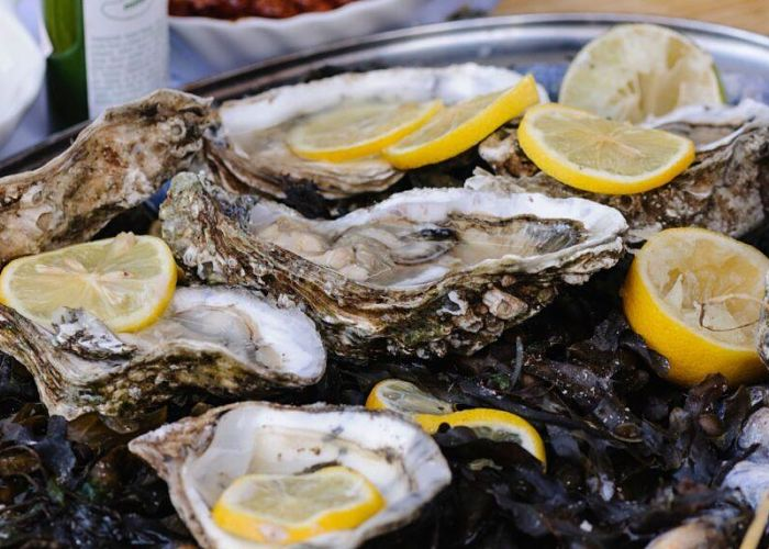 Image of a dish of oysters