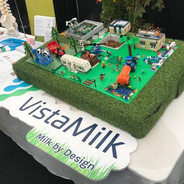 Vista Milk Milk by Design Lego Model